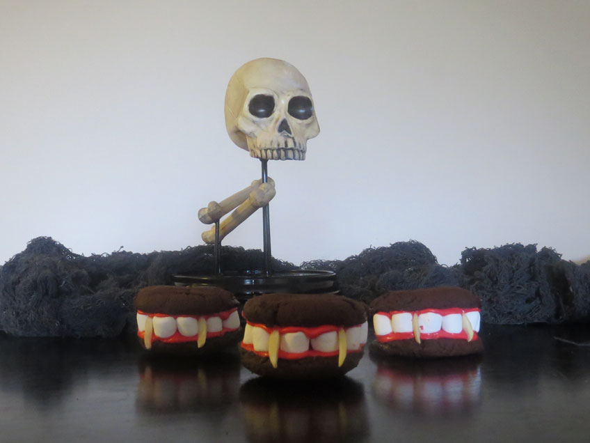 Dracula-Denture-Cookies-for-Halloween
