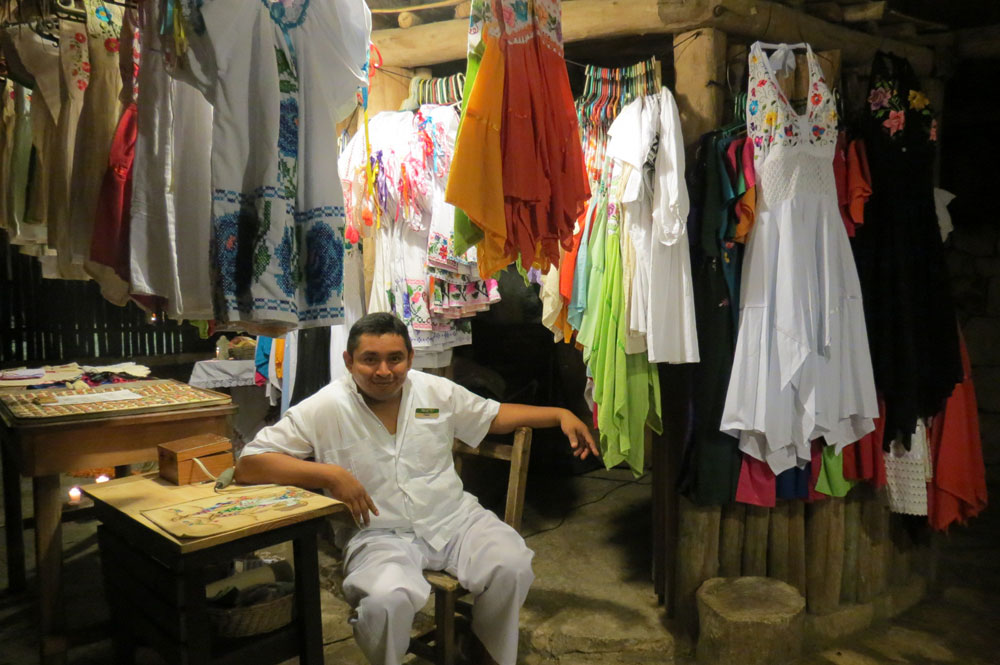 Day of the Dead vacation, Xcaret, Mexico, dia de los muertos, choose a souvenir for a friend