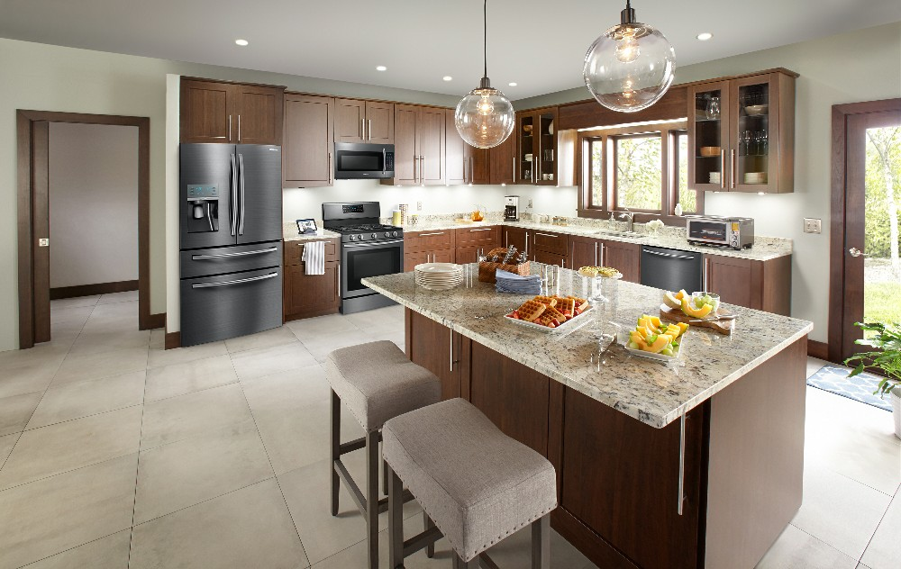 Dept4 Samsung Transitional Kitchen NoExp