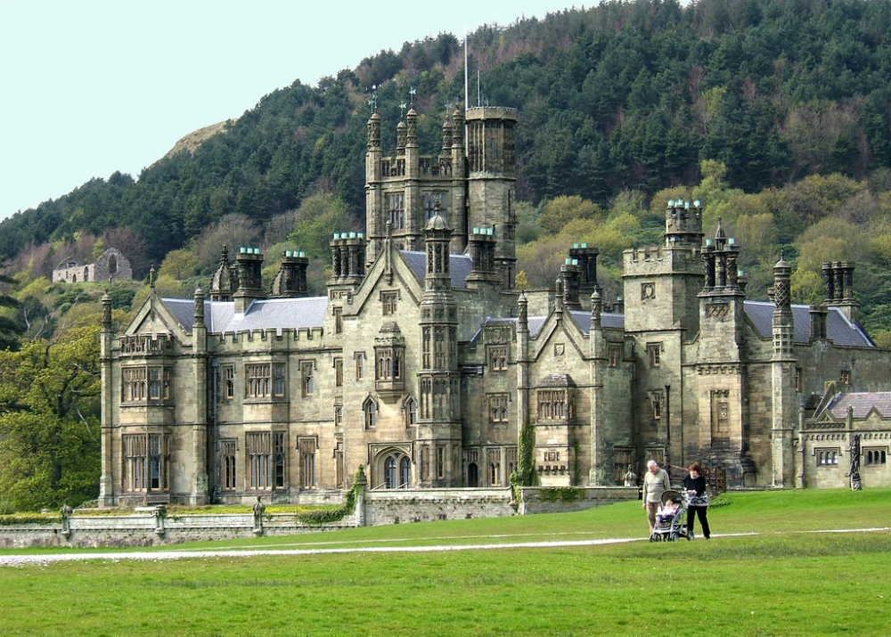 Gothic Castles in the UK, Northern Cities in The UK