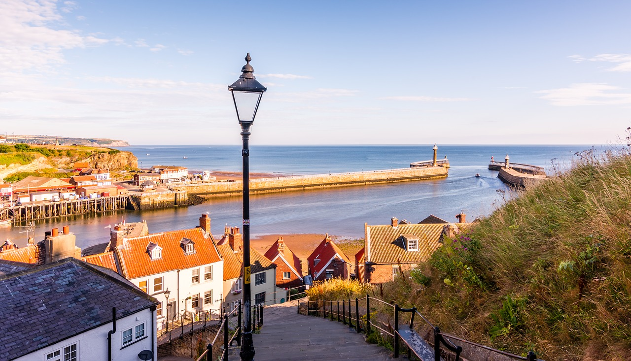 whitby 3661299 1280