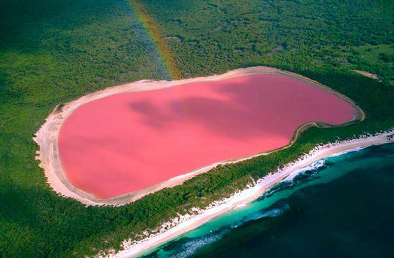 Lake Hillier, Australia, weird places in the world